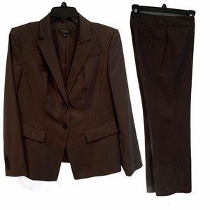 Ann Taylor 8P NWOT Brown Suit